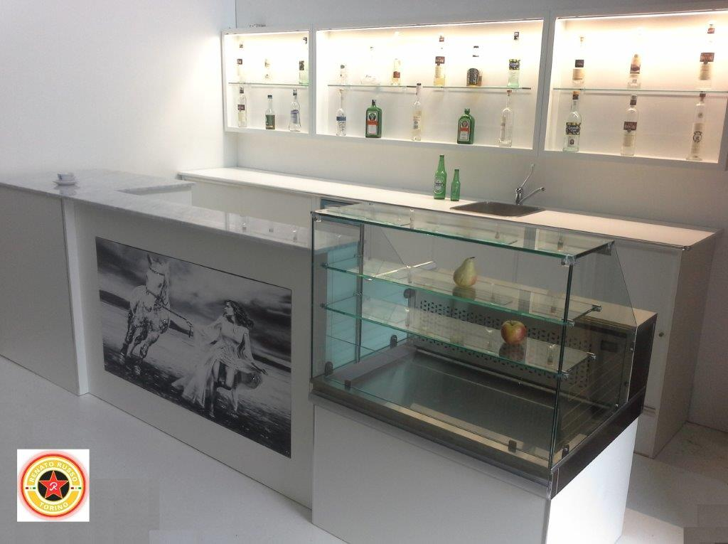 Banconi bar milano compra in fabbrica banchi bar for Arredamenti bar milano