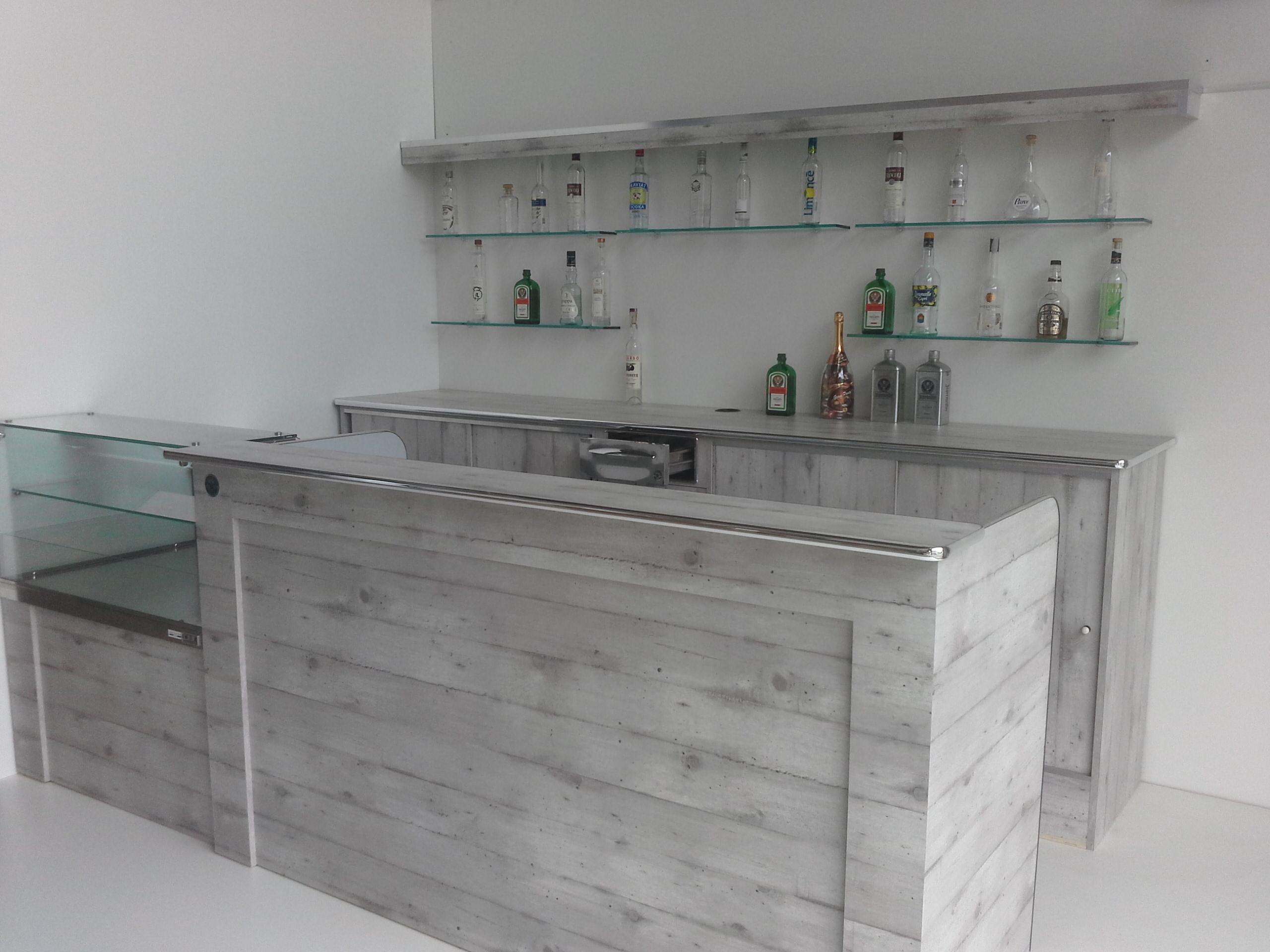 Arredamento Bar Moderno Prezzi.Banconi Bar Milano Compra In Fabbrica Prezzi Banchi Bar